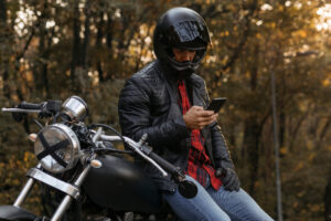 Maillot de bain Apple says motorcycle vibrations can damage iPhone cameras