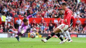 Maillot de bain Ефектът «Роналдо» вече започна: Кристиано поведе Юнайтед с важни голове за победа над Нюкасъл