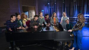 Maillot de bain 'Excessive College Musical: The Musical: The Series' Renewed For Season 3 By Disney+