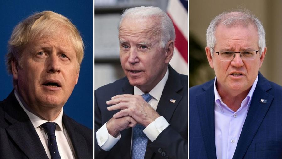 """Maillot de bain Biden-Johnson-Morrison: """"Insieme per contenere la minaccia cinese, l'Australia avrà sottomarini nucleari"""""""