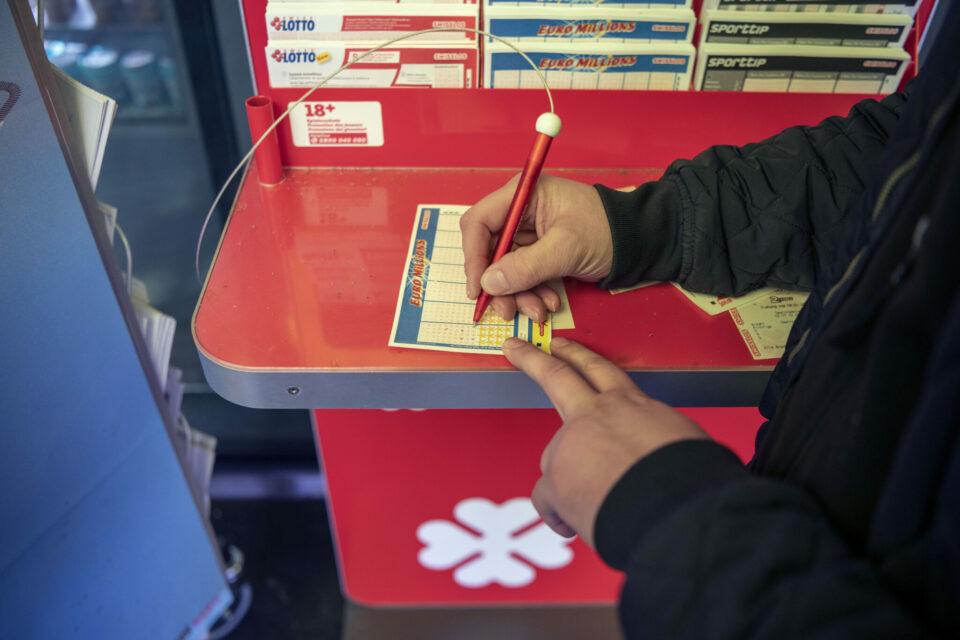 Maillot de bain Westschweizer gewinnt eine Million Franken im Lotto