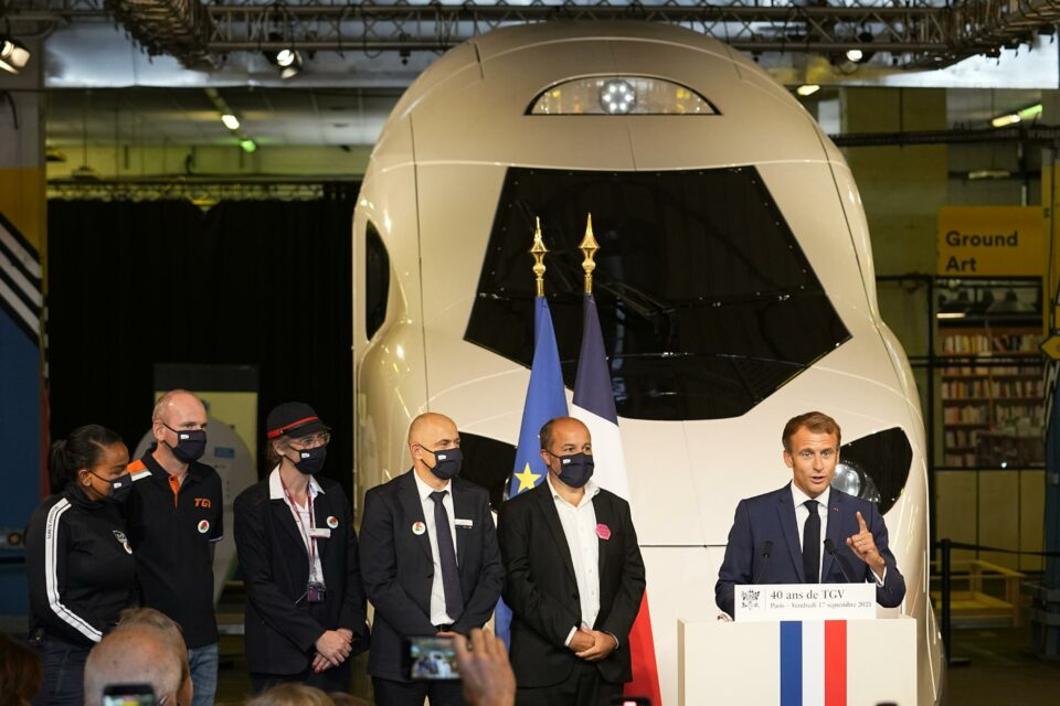 Maillot de bain France's Macron unveils mannequin of most up-to-date, green excessive-move explain – Associated Press
