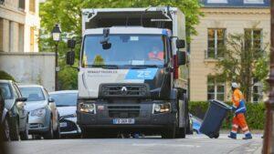 Maillot de bain Çevreci operasyon; Renault Trucks D Large Z.E elektrikli kamyon şehir içinde payını artırıyor