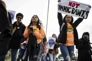 Maillot de bain DHS permitted DACA functions in violation of court direct