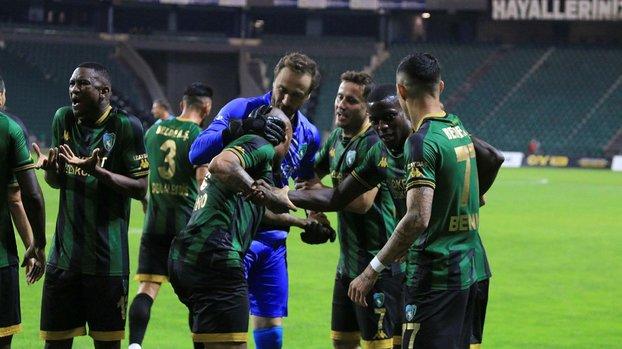Maillot de bain Kocaelispor İstanbulspor: 2-1 | MAÇ SONUCU ÖZET