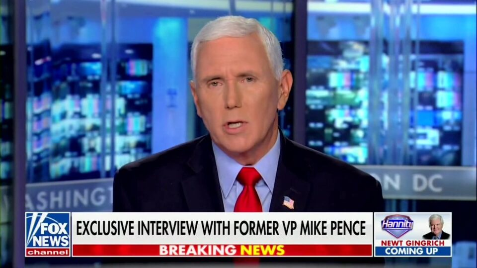 Maillot de bain Pence Says He 'Parted Amicably' With Trump After Supporters Tried to Hang Him